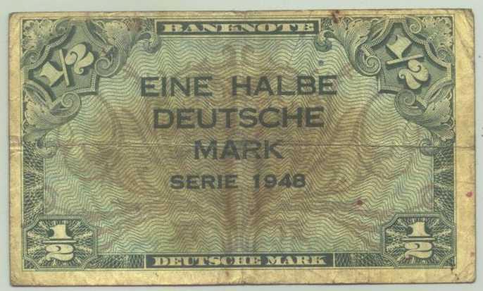 (R80015) Deutschland. Halbe Deutsche Mark. Serie 1948. Original. Banknote. Geldschein. Kopfgeld.