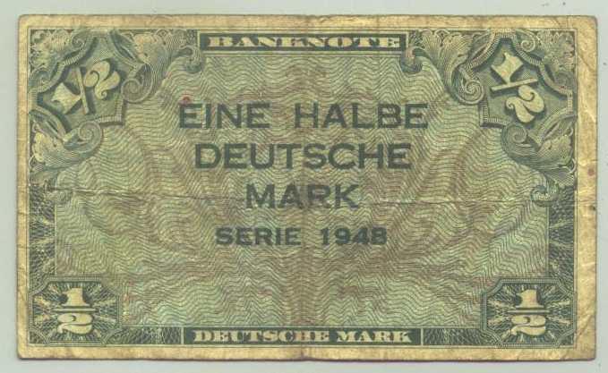 (R80017) Deutschland. Halbe Deutsche Mark. Serie 1948. Original. Banknote. Geldschein. Kopfgeld.