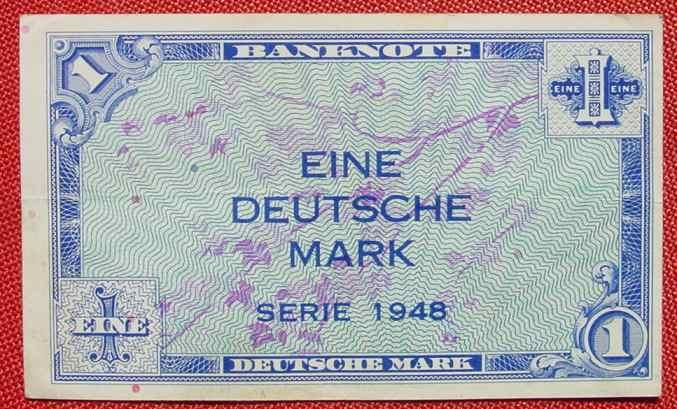 (R80212) Deutschland. Eine Deutsche Mark. Serie 1948. Original. Banknote. Geldschein. Kopfgeld.