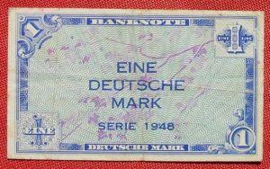 (R80217) Deutschland. Eine Deutsche Mark. Serie 1948. Original. Banknote. Geldschein. Kopfgeld.
