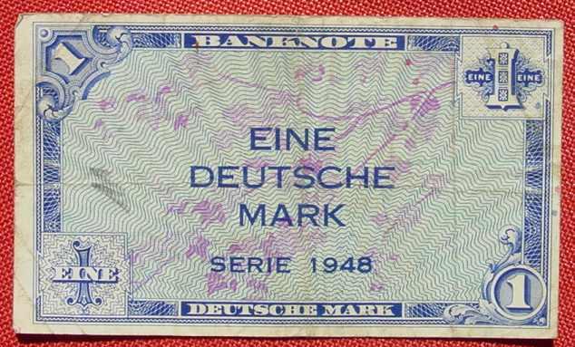 (R80221) Deutschland. Eine Deutsche Mark. Serie 1948. Original. Banknote. Geldschein. Kopfgeld.