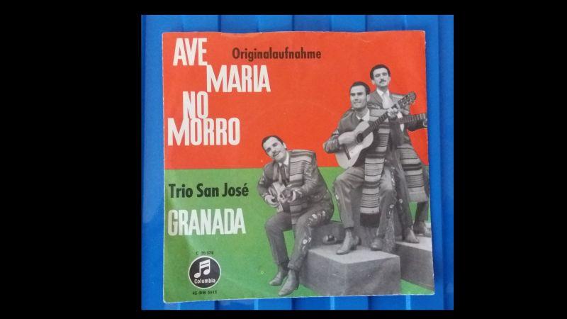 Trio San José, Ave Maria/No Morro 7\