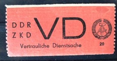 20 Pfg. Vertrauliche Dienstsache postfrisch, 2 Büge. Michel 320,-. Schöner Lückenfüller.