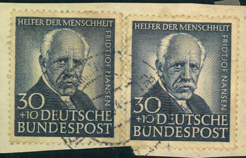 1953, 30 Pfg. Helfer der Menschheit 2-mal auf Briefstück - Michel-Nr. 176