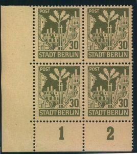 1945, BERLIN/BRANDENBURG 30 Pfg. postfrischer Viererblock Plattenfehler IV (Feld 91)
