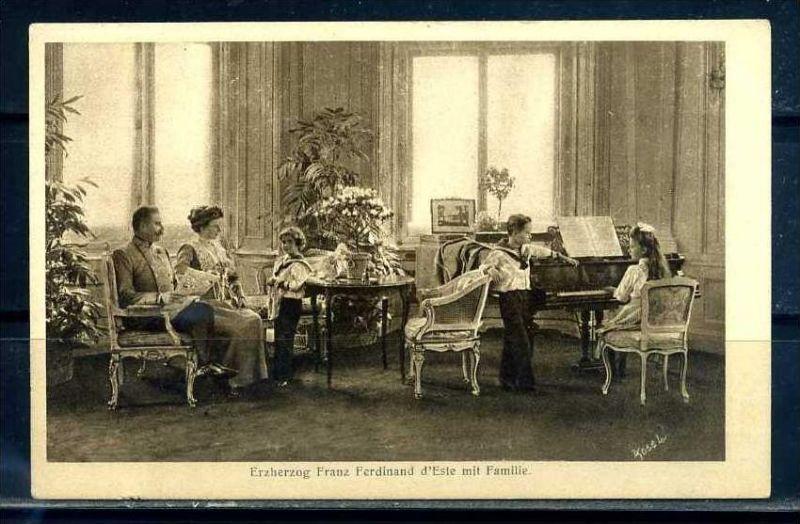 K10852)Ansichtskarte: Erzherzog Franz Ferdinand mit Familie