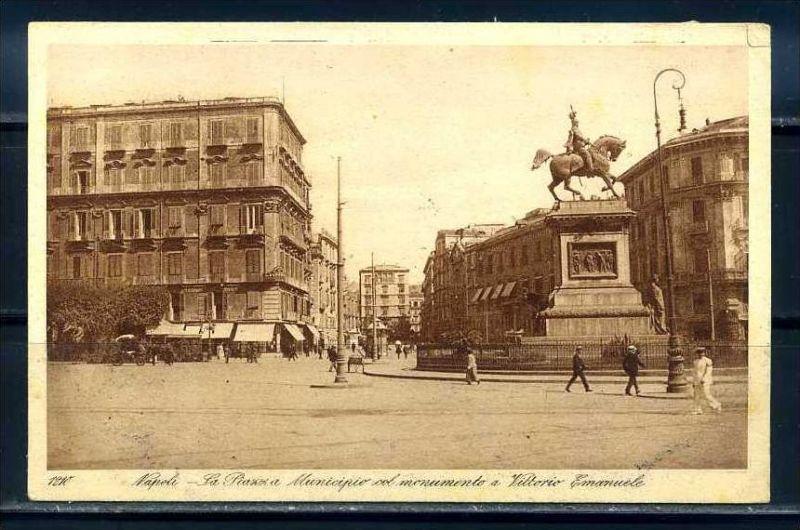 K10673)Ansichtskarte: Neapel, Piazza Municipio