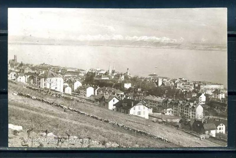 K9440)Ansichtskarte: Neuchatel, Panorama
