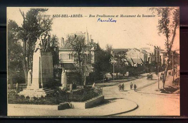 K11037)Ansichtskarte: Sidi-Bel-Abbes, Rue Prudhomme
