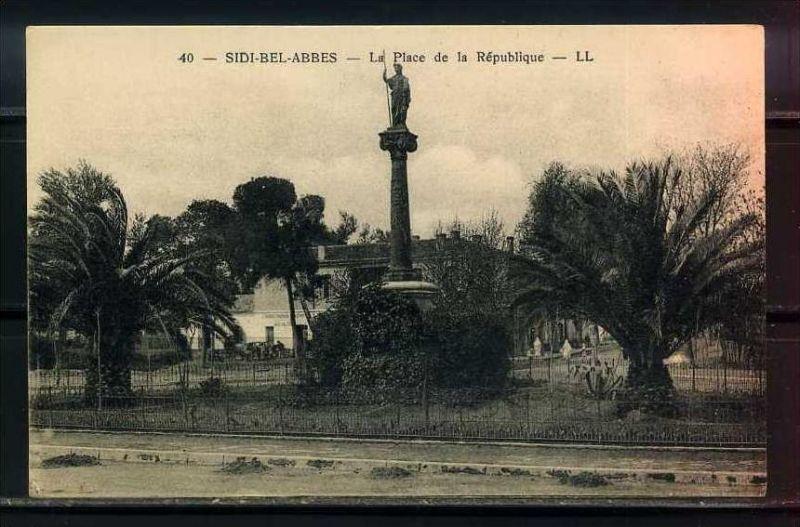 K11039)Ansichtskarte: Sidi-Bel-Abbes, Place de la Republique