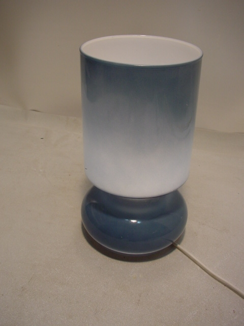 C451/ Hellblaue Design Tisch Lampe Made in Italy
