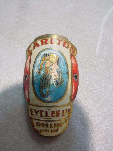 D135/ Carlton Fahrradschild Fahrrademblem