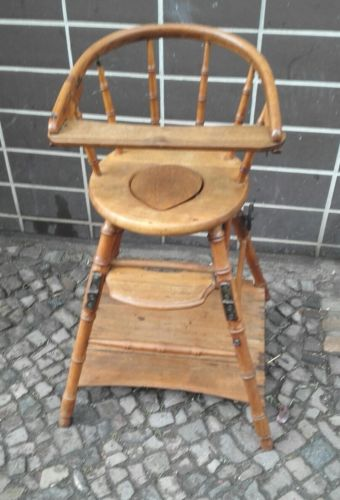 E793/ Kinderhochstuh Kinderstuhl Puppenstuhl antik