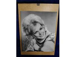 E153/ Kim Novak  1961 original signiertes Foto 19 x 23cm