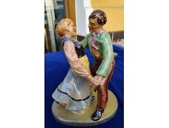 E216/ Cortendorf tanzendes Paar Keramik 3108 Tracht Dirndl