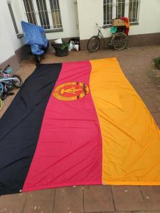 E282/ Große DDR Fahne , Fund aus DDR Bestand, 470 x 270 cm