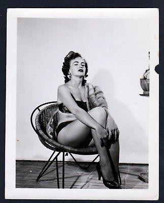 1960 Unterwäsche lingerie Erotik nude vintage Dessous pin up photo Foto Pelz