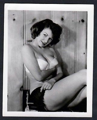 1960 Unterwäsche lingerie Erotik nude vintage Dessous Foto pin up photo