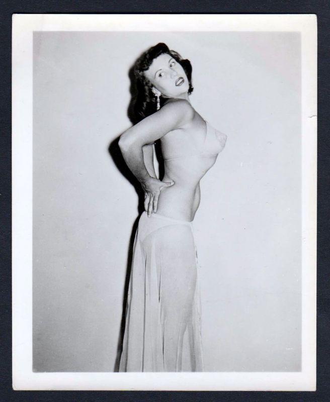 1960 Unterwäsche lingerie Erotik nude vintage skirt Dessous pin up Foto photo