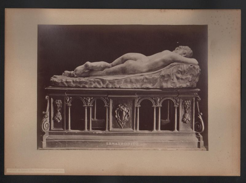 Firenze Galleria Uffizi. Ermafrodito Zwitter Frau Mann Skulptur antique Photo 0