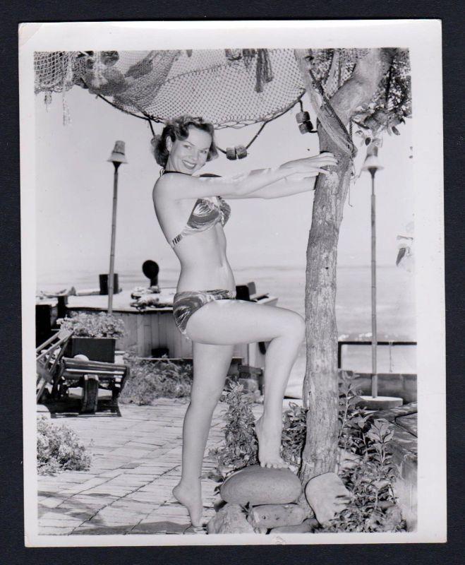 1960 Unterwäsche lingerie Erotik nude vintage Dessous pin up Fischernetz Foto