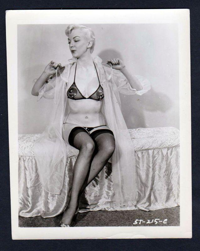 1950 Unterwäsche lingerie Erotik nude vintage Dessous pin up Foto photo playful 0