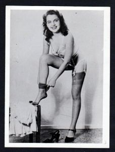 Unterwäsche lingerie Erotik nude vintage Dessous pin up Foto photo Strapse