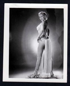 Unterwäsche lingerie Erotik nude vintage Pose Dessous pin up Foto photo