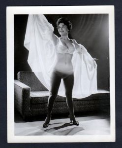 Unterwäsche lingerie Erotik nude vintage Dessous pin up Foto photo