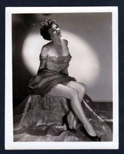 Unterwäsche lingerie Erotik nude vintage Dessous pin up dress Foto photo