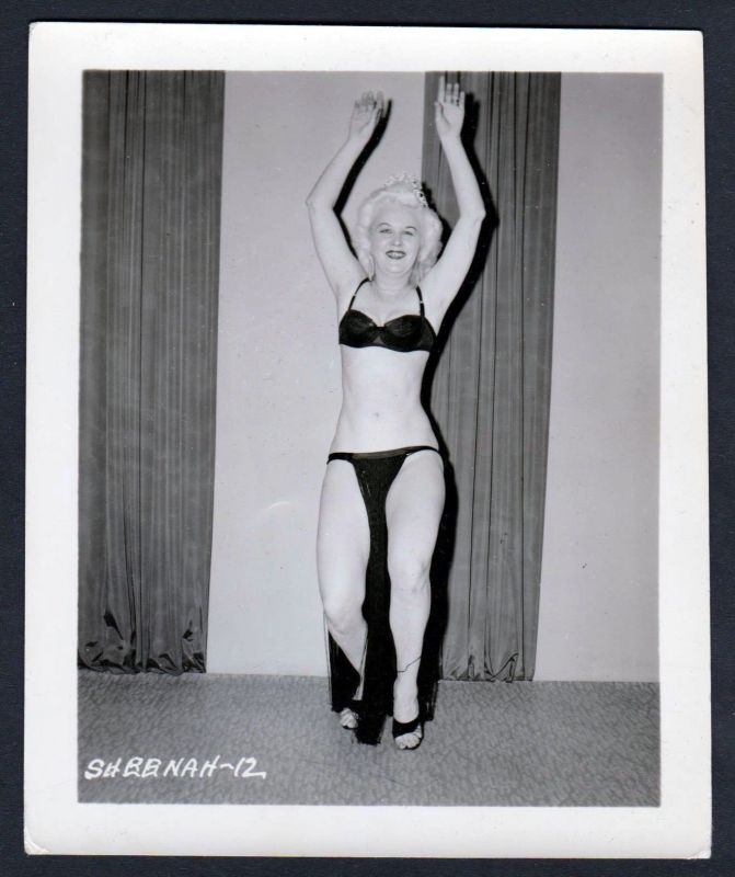 1950 Unterwäsche lingerie Erotik nude vintage Dessous Sheenah pin up Foto photo