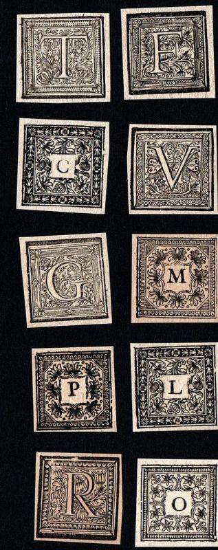 Konvolut von 10 Ornament Kupferstich-Buchstaben G, V, L, O, M, B, T, R, C, P ornament letters antique print gr