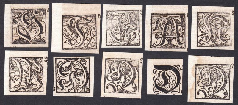 Konvolut von 10 Ornament Kupferstich-Buchstaben ornament letters antique print gravure copper engraving