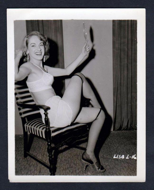Unterwäsche lingerie Erotik Lisa nude vintage Dessous pin up Foto photo