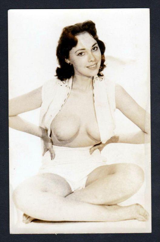 Unterwäsche lingerie boobs Erotik nude vintage Dessous pin up Foto photo