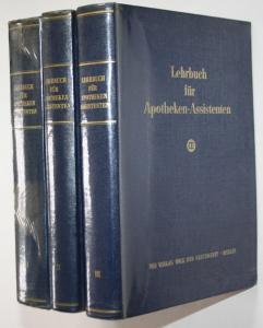 Lehrbuch für Apothekenassistenten. 3 Bände.