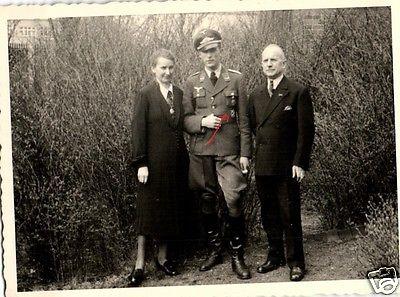 Originalfoto 7x10cm, Leutnant Luftwaffe Flakabzeichen