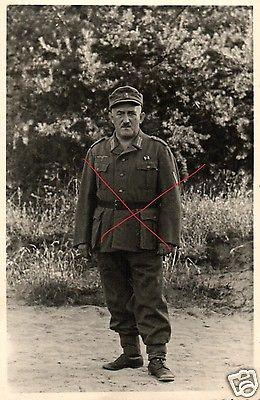 Originalfoto 9x13cm, älterer Soldat, Ordenspange, ca. 1944