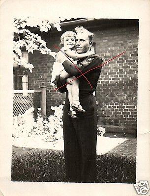 Originalfoto 9x12cm, Matrose mit Tochter, 1933