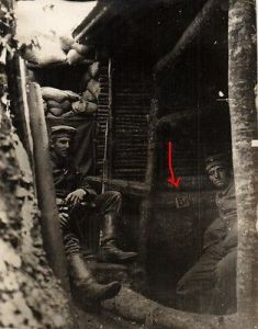 Originalfoto 8x10,5 Leben im Schützengraben, ca. 1916