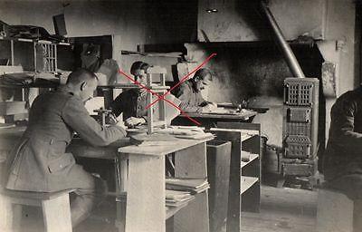 Originalfoto 9x13cm, Soldaten, Schreibstube, ca. 1916