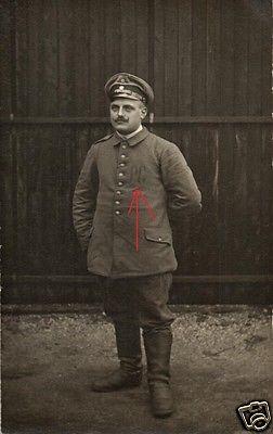 Originalfoto 9x13cm, Deutscher Soldat in franz. Kriegsgefangenschaft PG