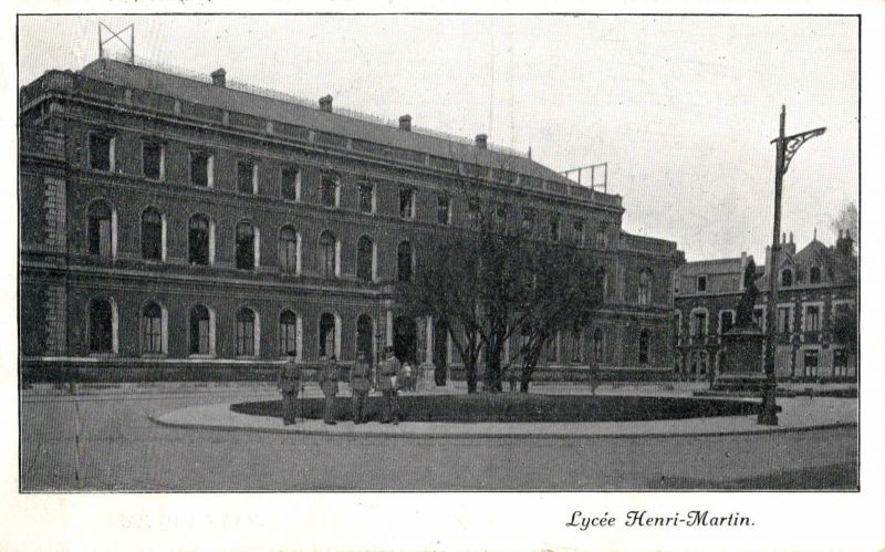 Foto AK, St. Quentin, Lycee Henri-Martin, 1916 0
