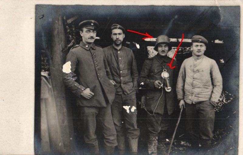 Originalfoto 9x13, Soldaten, Stahlhelm, Feldfernsprecher, ca. 1917