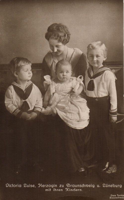 Foto AK, Viktoria Luise, Herzogin+Kinder zu Braunschweig u. Lüneburg
