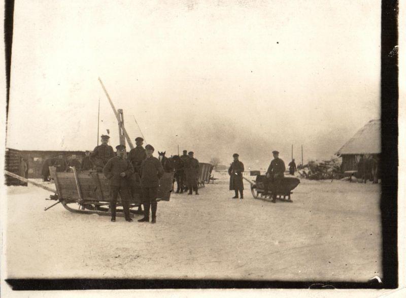 Originalfoto 9x12 Panjeschlitten im russischen Dorf 1917 0