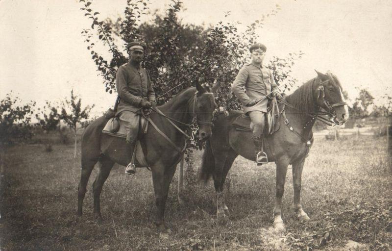 Originalfoto 9x13, Deutsche Offiziere zu Pferd, ca. 1916