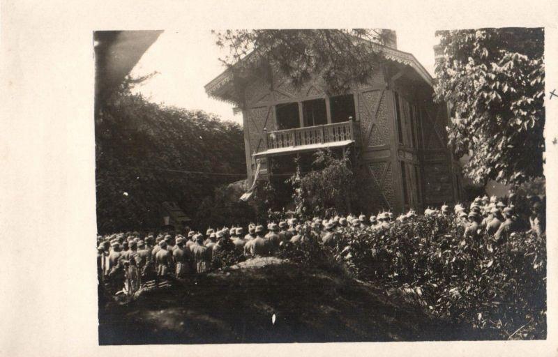 Originalfoto 9x13, Pfingstgottesdienst 300m hinter dem Schützengraben
