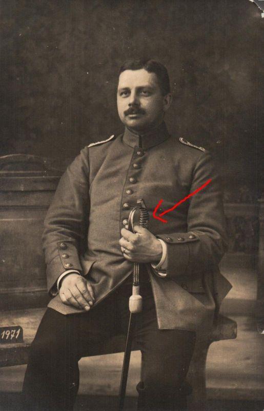 Originalfoto 9x13, Hamburger Leutnant, Säbel, ca. 1915
