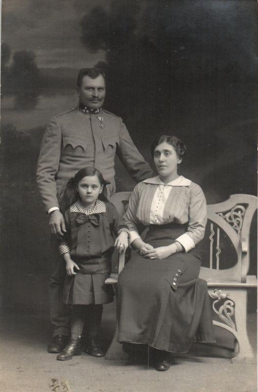 Originalfoto 9x13, KuK Soldat Tscheche mit Orden, ca. 1916